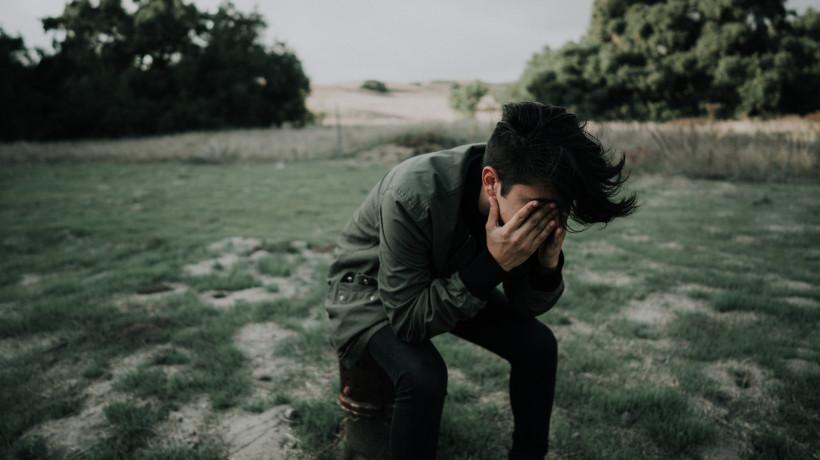 Jak radzić sobie z zespołem stresu pourazowego
